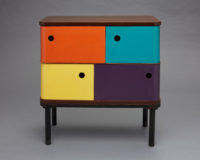 Henry P. Glass, Swing-Line Toy Chest, 1952. Изгатовлено в Fleetwood Furniture Company. Принадлежит Milwaukee Art Museum. Фото: John R. Glembin.