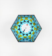 Irving Harper for George Nelson Associates, часы Kaleidoscope, 1959.Howard Miller Clock Company. Коллекция Вилльяма и Аннет Дорси. Фото: John R. Glembin.