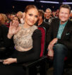 Дженнифер Лопес на церемонии People's Choice Awards-2017 - фото 2