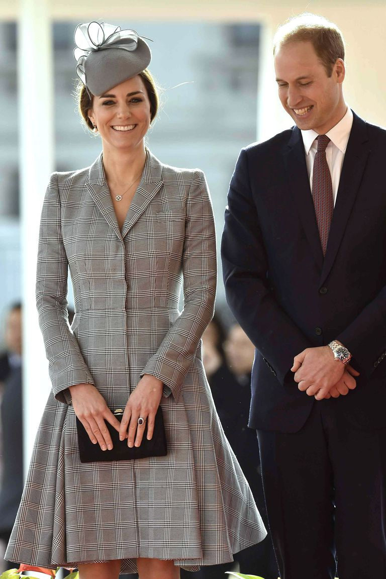 Kate Middleton in the coat of Alexander McQueen and Prince Williams, 2014