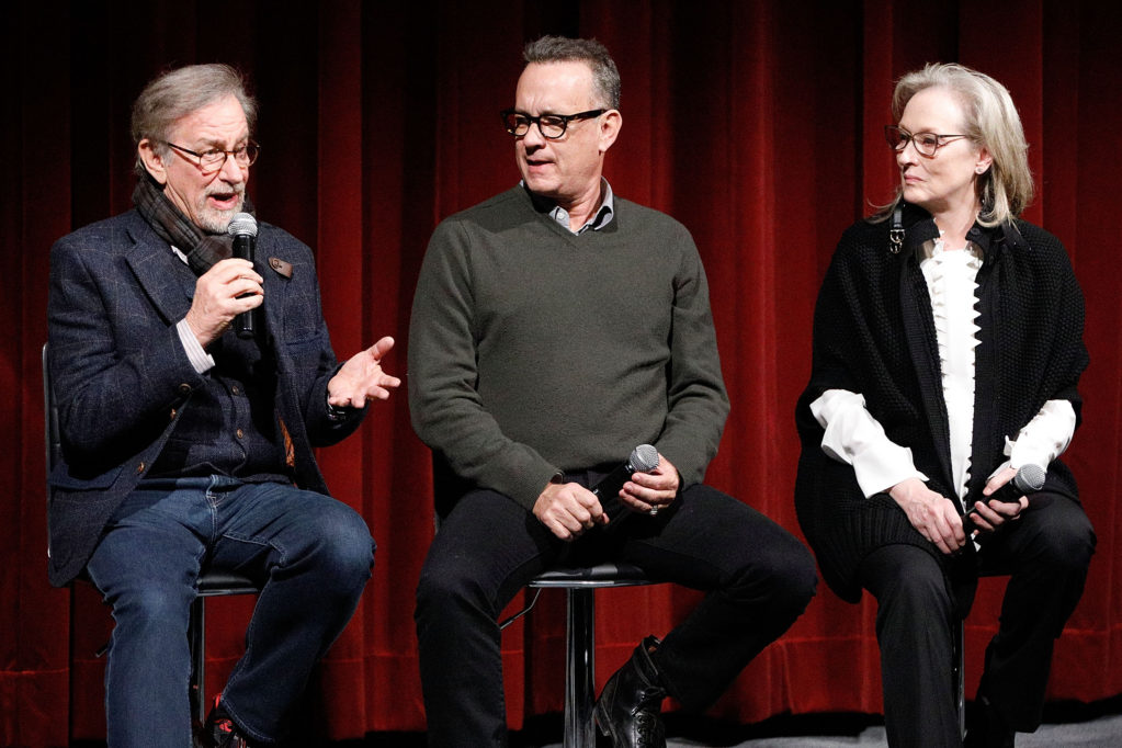 "Steven Spielberg, Tom Hanks and Meryl Streep before showing the film ""The Secret Dossier"" of the American Film Academy"