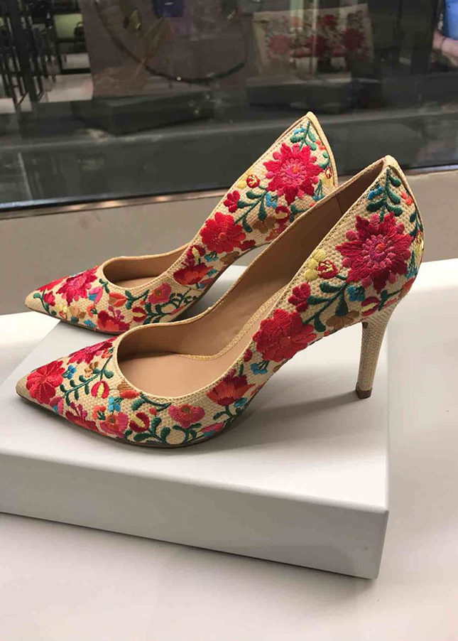 Arezzo embroidered court shoes