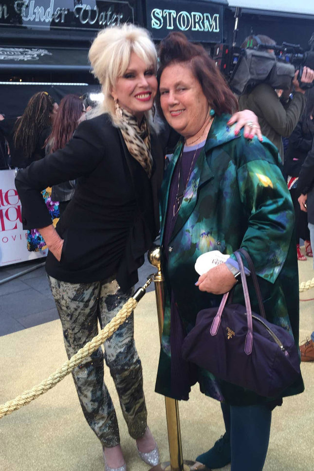 Suzy with Joanna Lumley/Patsy before hitting the champagne bar at the London premiere of