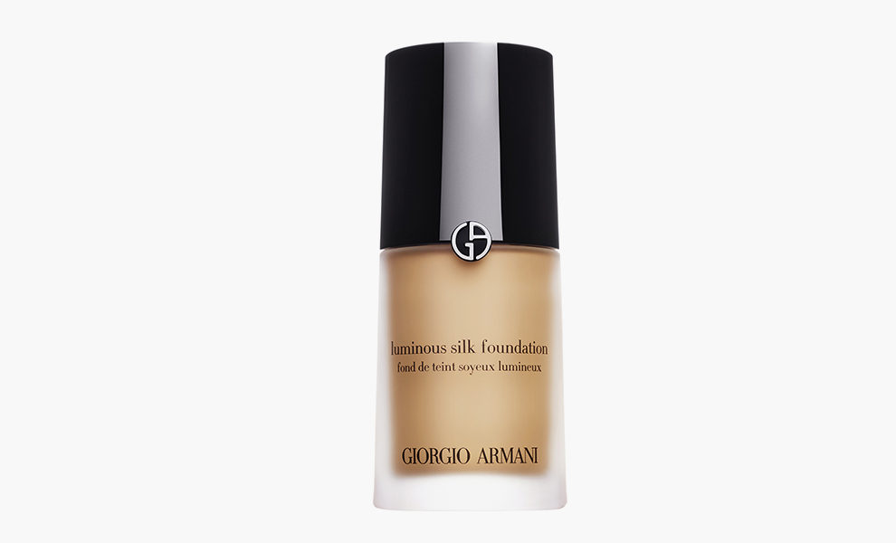 Giorgio Armani, Luminous Silk Foundation, 4340 рублей, iledebeaute.ru