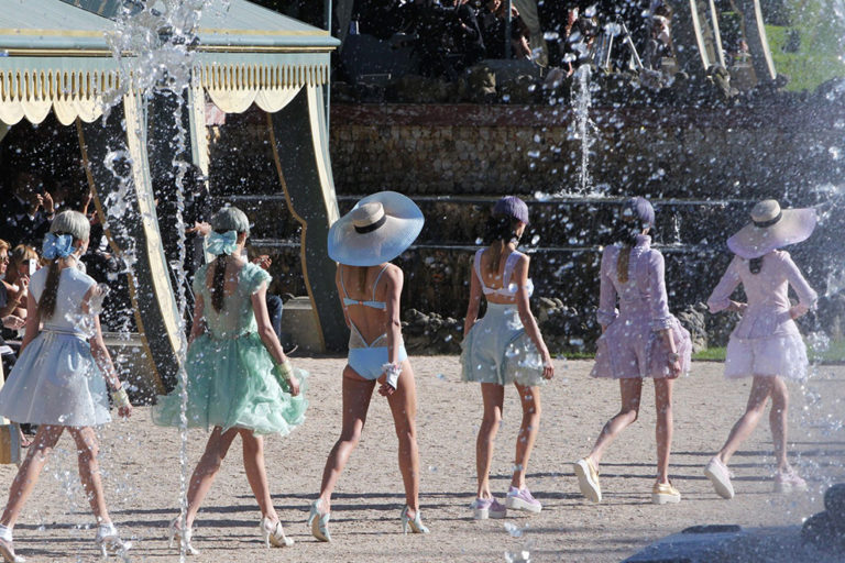 08 Chanel cruise, spring:summer 2012 To the French Riviera..jpg