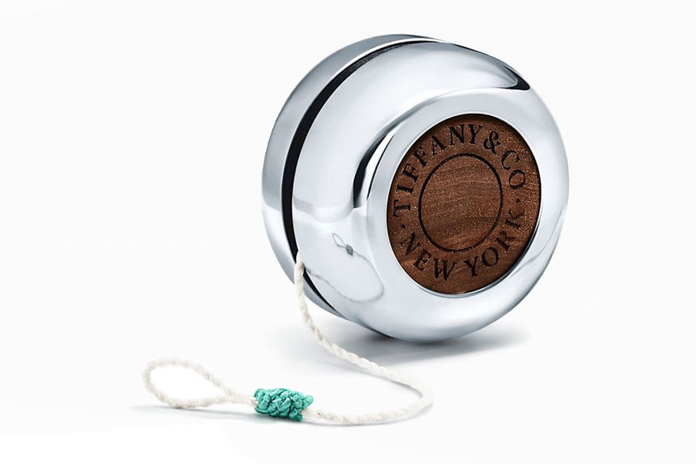 Йо-йо Tiffany & Co., Sterling Silver and Walnut Yo-yo