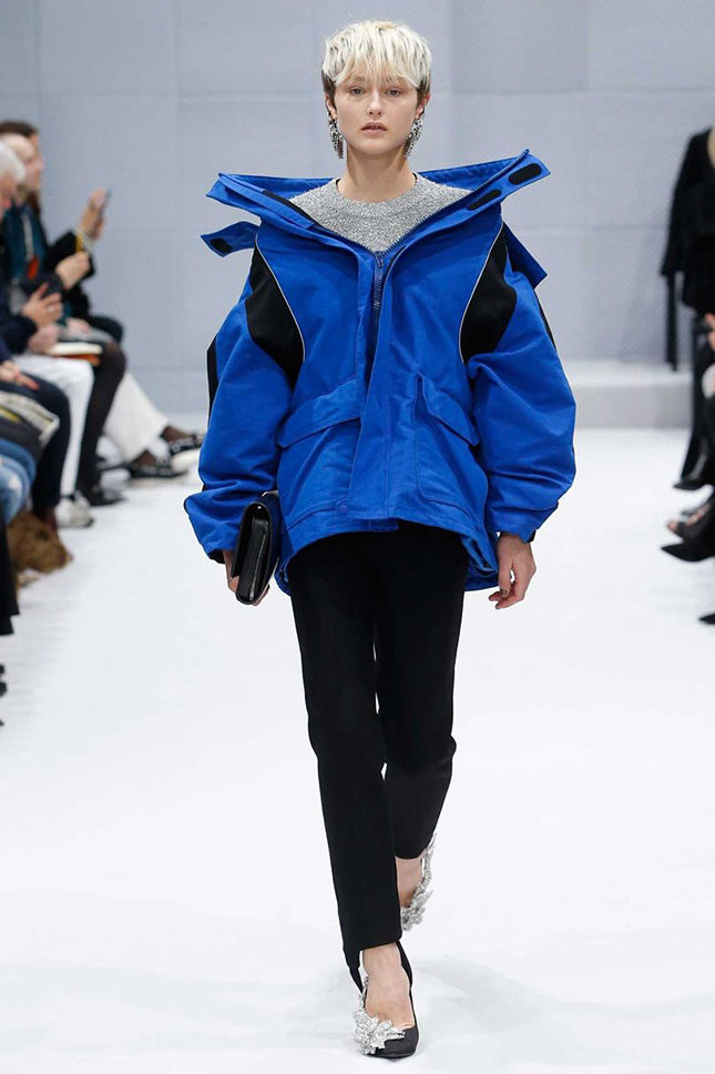 Demna Gvasalia's first show for Balenciaga, Autumn/Winter 2016 ready-to-wear, included this hiking jacket cut with a Balenciaga twist