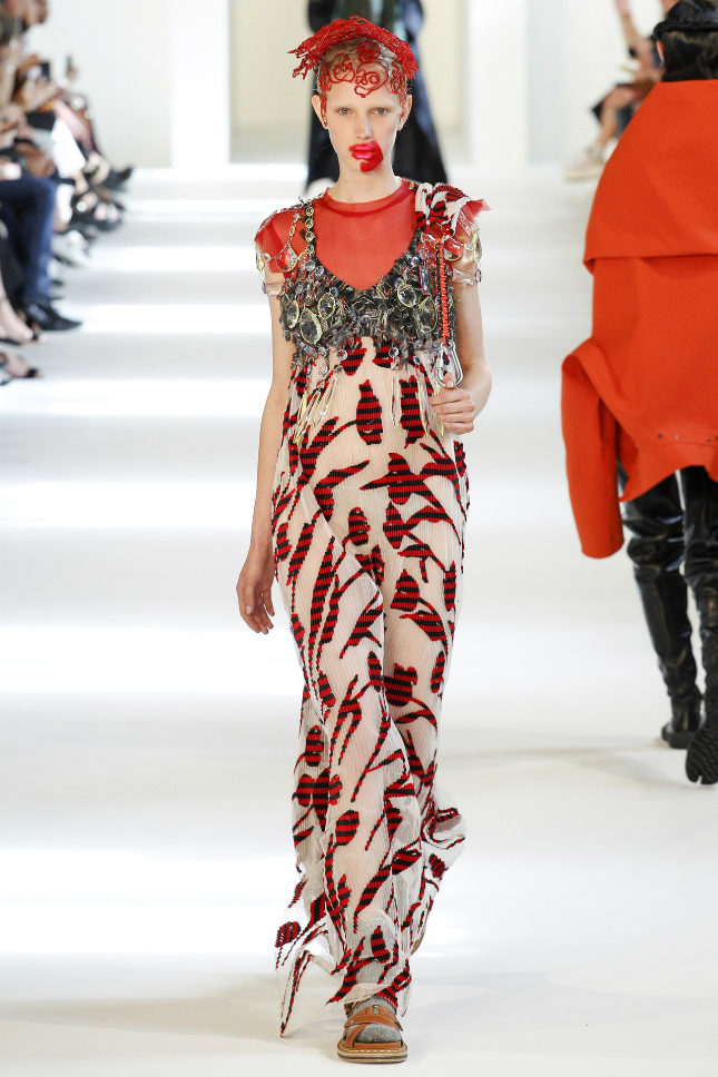Suzycouture margiela heritage overwhelmed by john for Couture meaning in english