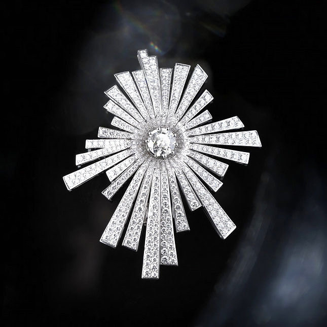 Возрождение Chanel 1932 Bijoux de Diamants