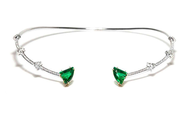 An emerald and diamond collier