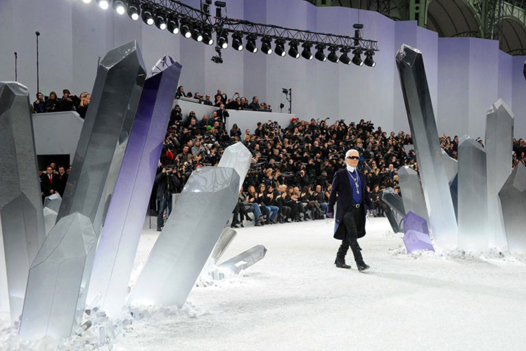 10 Chanel ready-to-wear, autumn:winter 2012 The crystals set.  .jpg