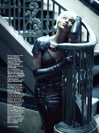 WELL_Fashion_Steven Meisel_430_8.jpg