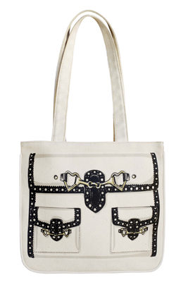 MOSCHINO---VFNO-shopping-bag.jpg