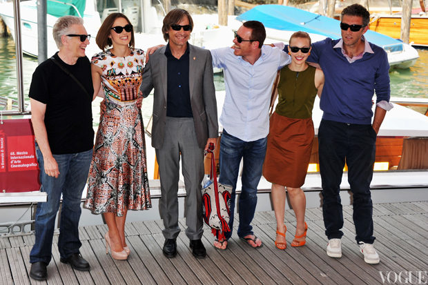 Director David Cronenberg with actors Keira Knightley, Viggo Mortensen, Michael Fassbender, Sarah Gadon and Vincent Cassel as at the 'A Dangerous Method' photocall.jpg