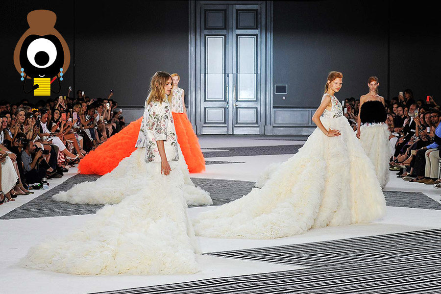 Giambattista Valli: A Twist, A Glow, A Feast for the Euroset