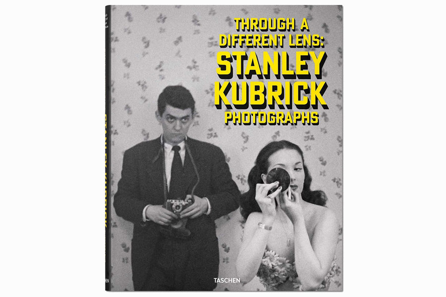 Альбом Stanley Kubrick Photographs: Through a Different Lens, $46.83, amazon.com