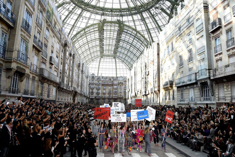 16 Chanel ready-to-wear, spring:summer 2015 The protest..jpg