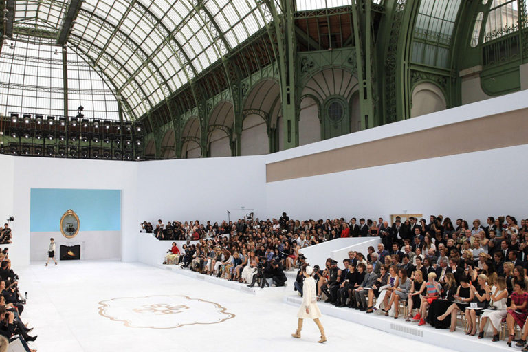 23 Chanel couture, autumn:winter 2014 The Dickensian twist.jpg