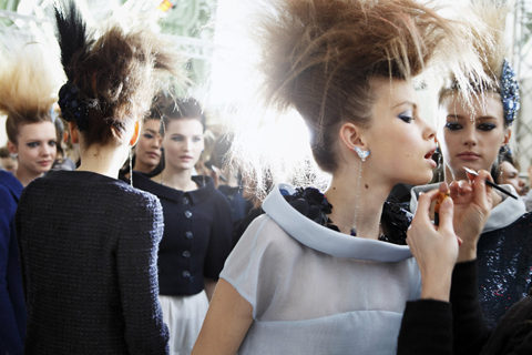 2012 SS HC_Backstages in the Grand Palais by Benoit Peverelli_06.jpg